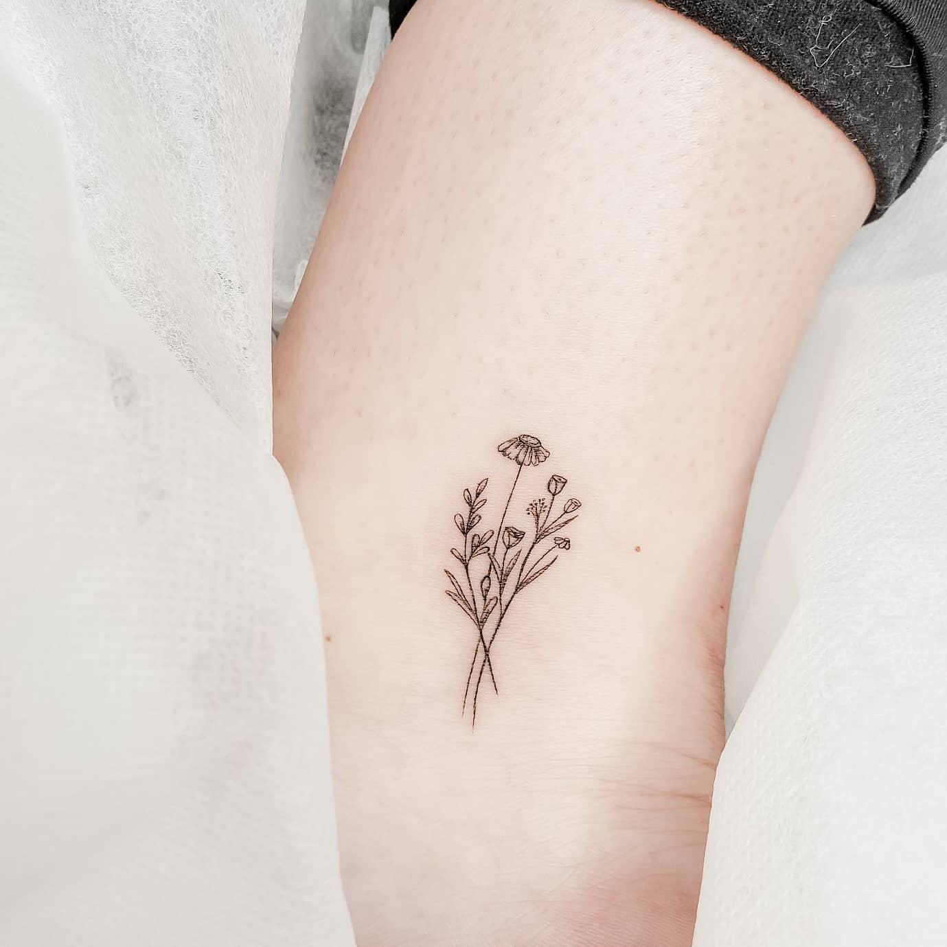 Floral Cute Tattoo Nikkibandit