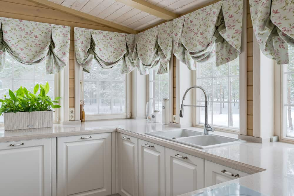 floral kitchen curtain ideas 1