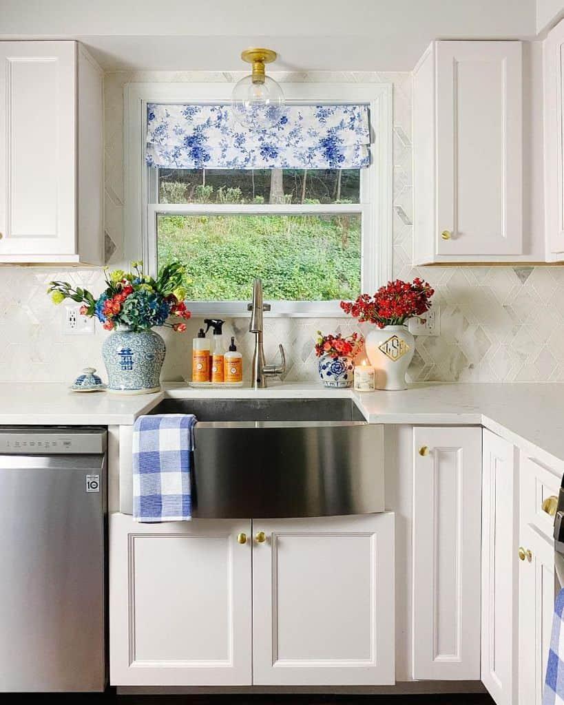 floral kitchen curtain ideas lauraerinhome
