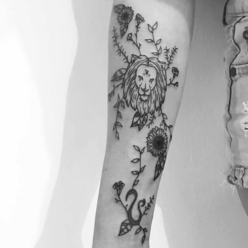 flower-black-ink-love-leo-tattoo-lbtatac
