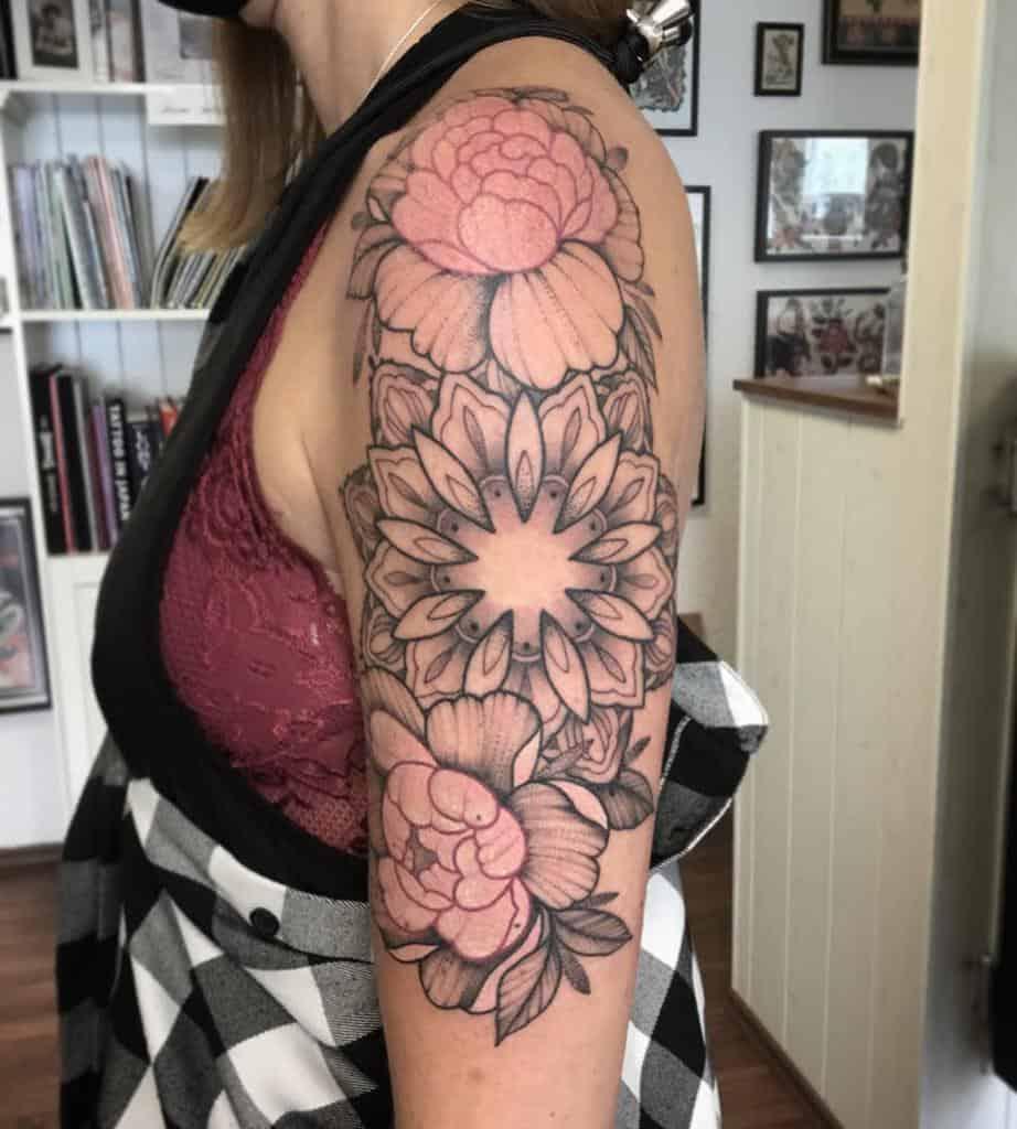 Top 20 Best Upper Arm Tattoo Ideas for Women   [20 Inspiration ...