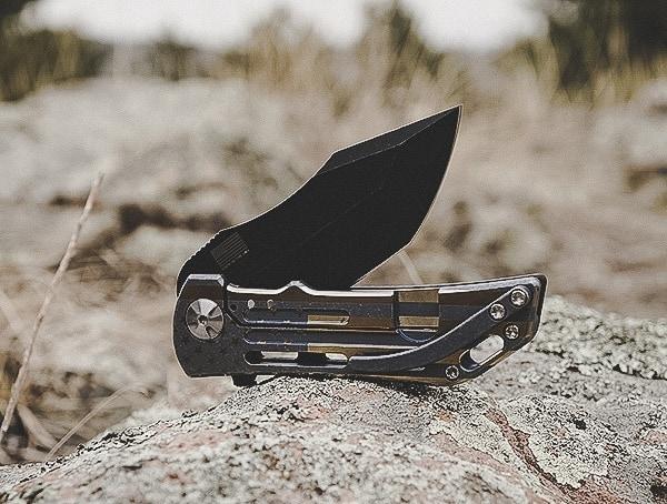 Folding Darrel Ralph Dominator Knife Reviews