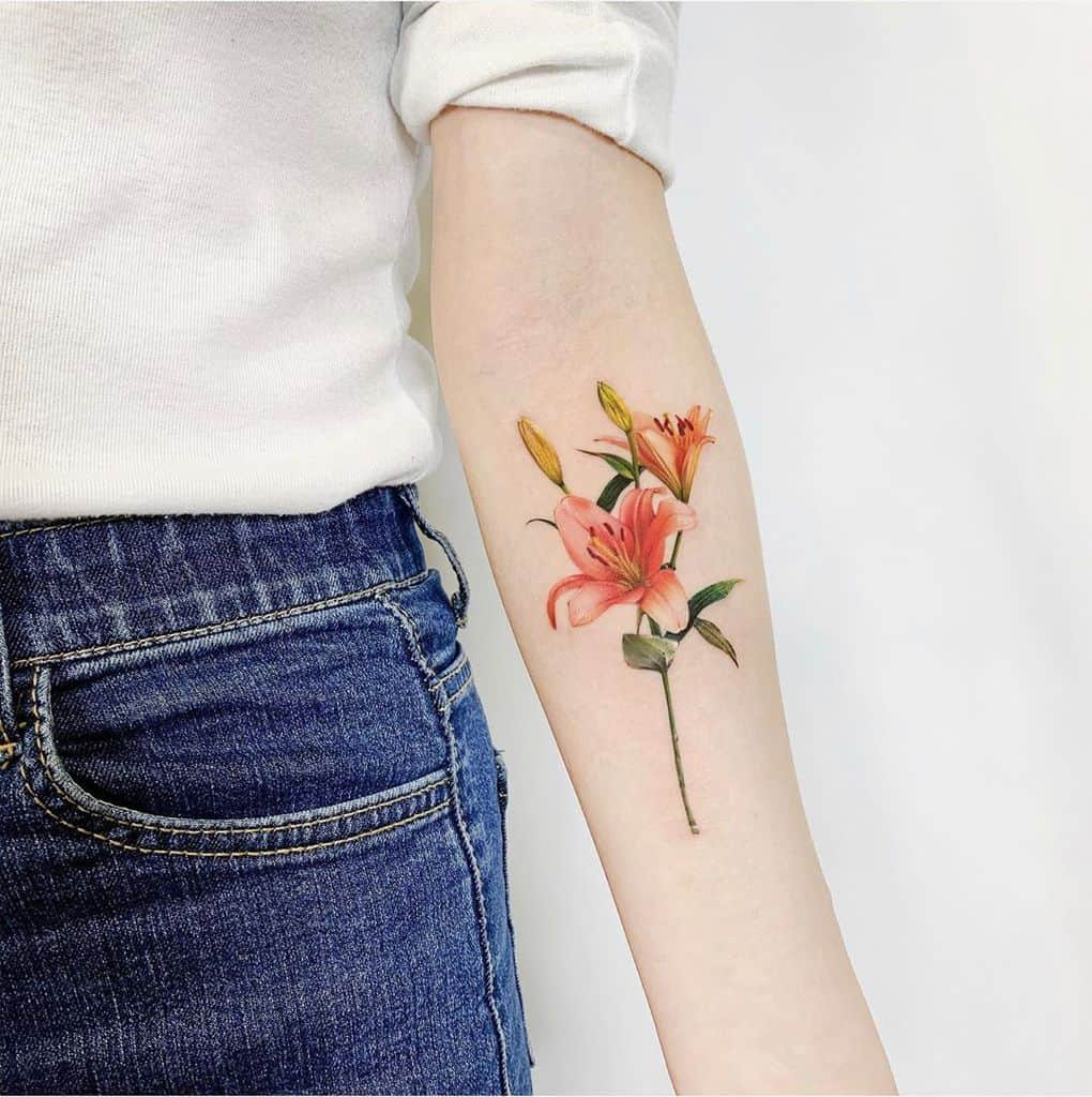 forearm lily tattoos tattooist_suf