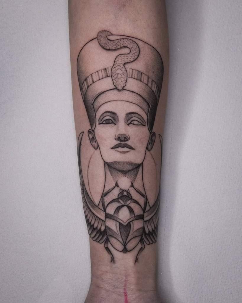 Forearm Nefertiti Tattoos Blackashes.tattoo