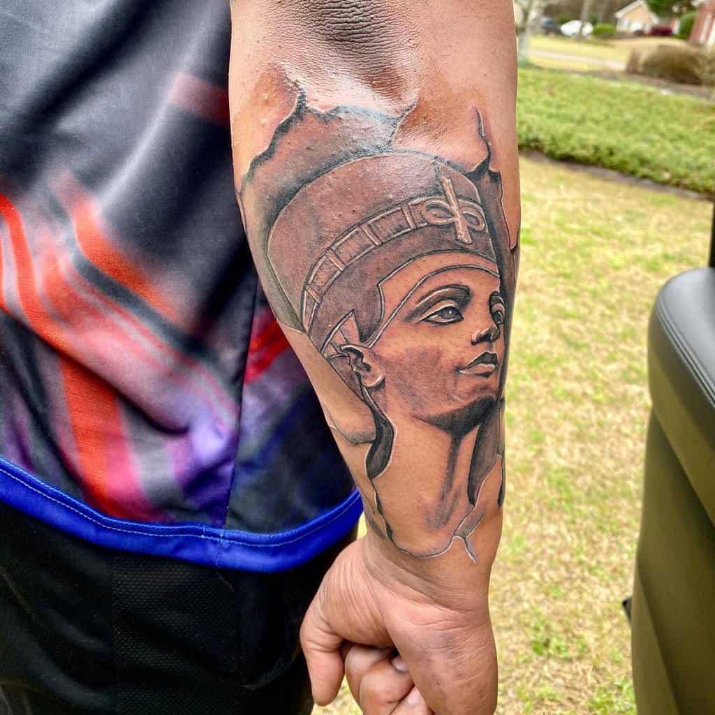 Forearm Nefertiti Tattoos Humble Assasin6