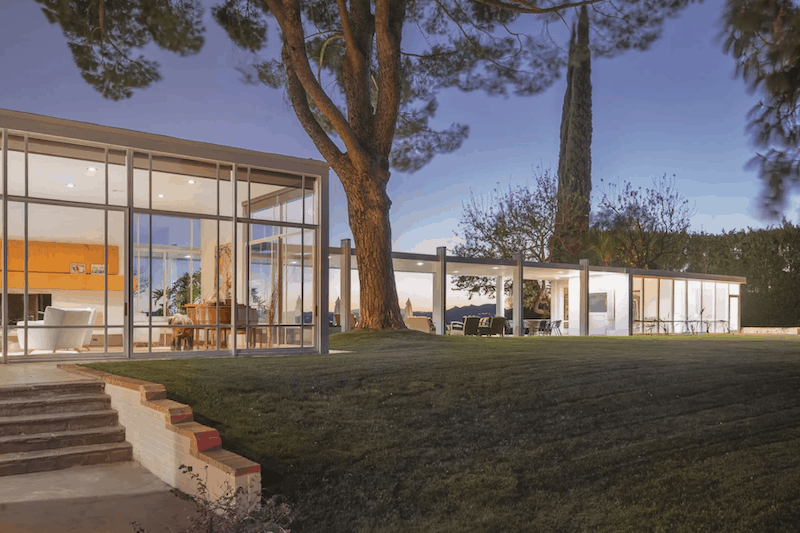 Frank Sinatra's 'Mad Men'-Style L.A. Mansion Is on the Market