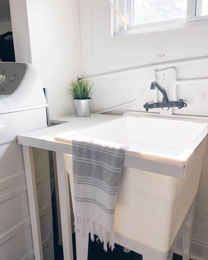 free standing laundry room sink ideas ourwoodnhome