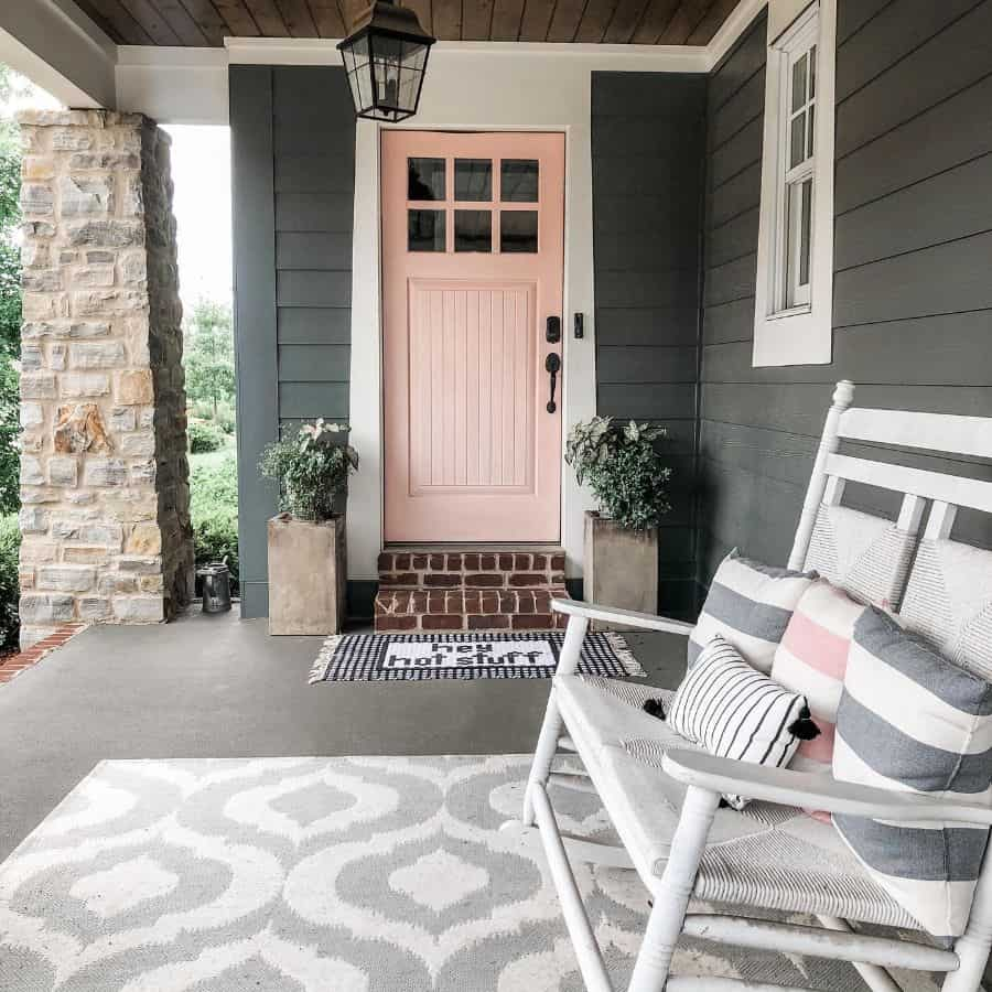 Front Door Modern Farmhouse Exterior Alietatreasurehunting