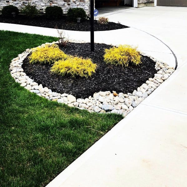 Front Yard Pole Light Exterior Designs Stone Edging