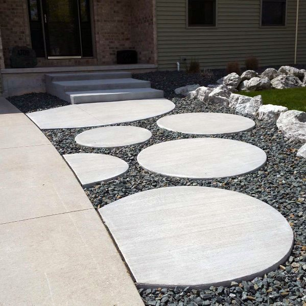 Front Yard Round Concrete Walkway Home Ideas