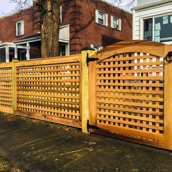 Front Yard Wood Ideas Dog Fence