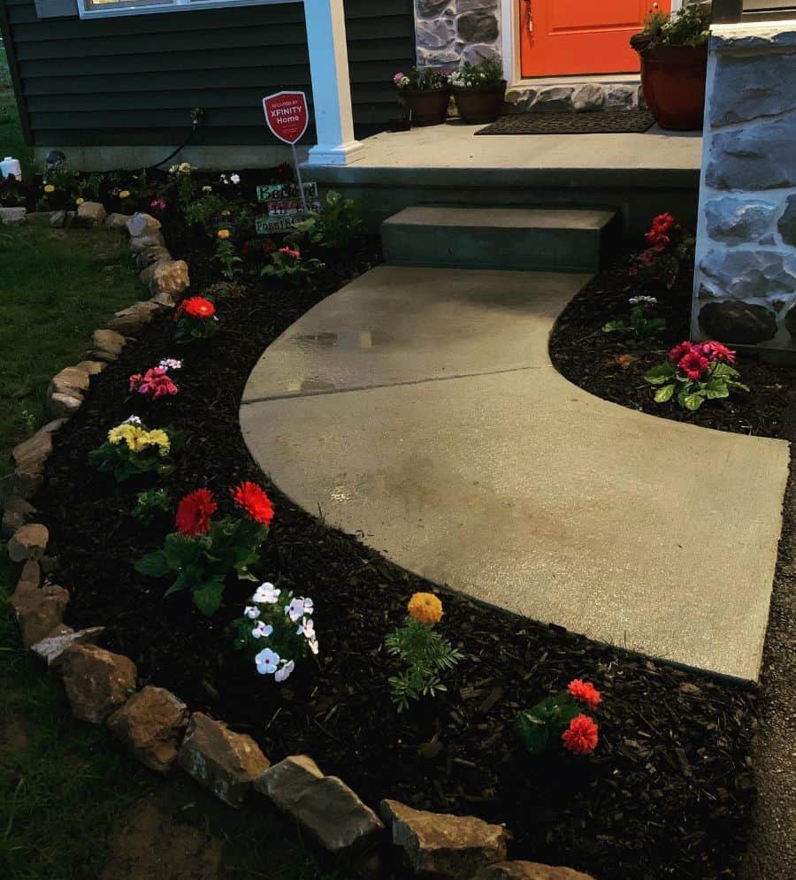 frontyard flower bed ideas mtimando