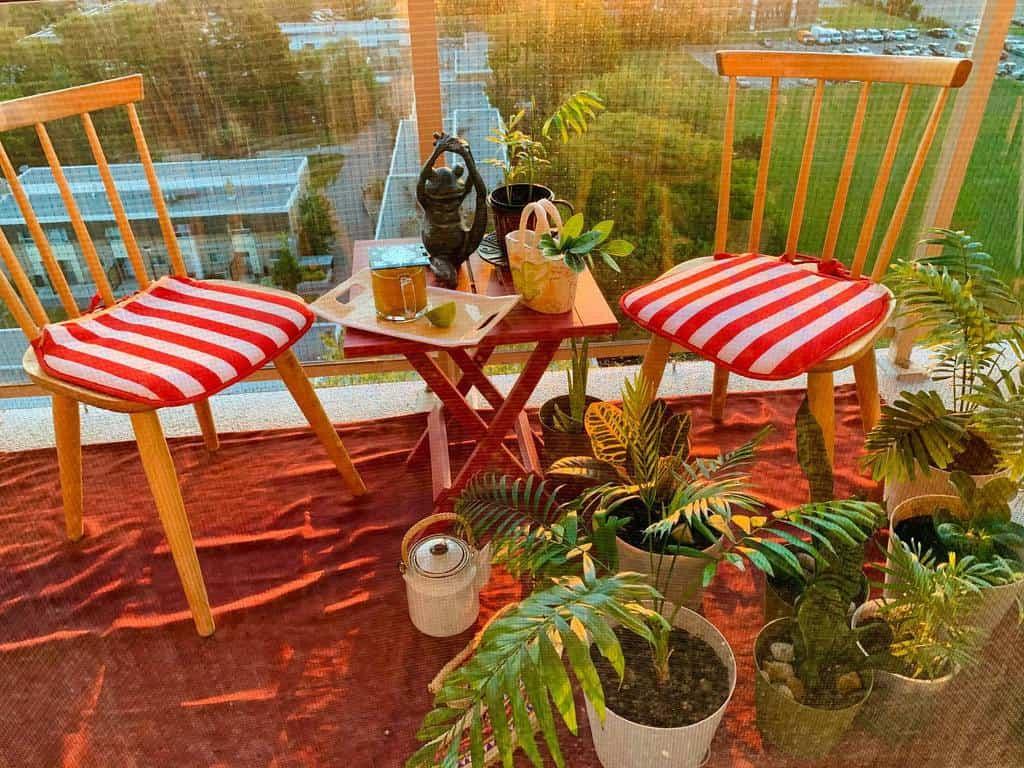 furnitures apartment patio ideas breathingmyspace