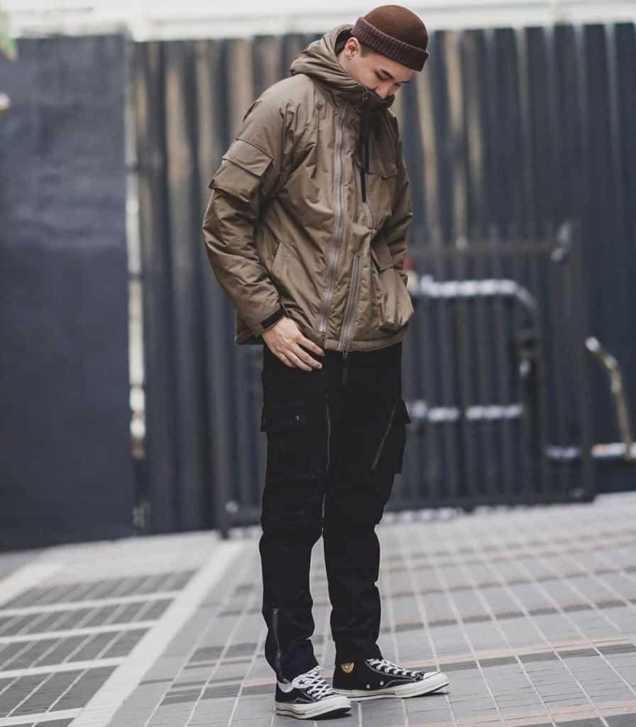 mode futuriste pour hommes veste coupe-vent marron
