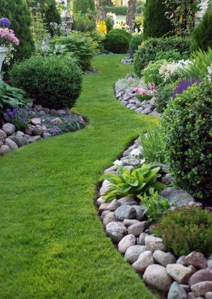Garden Lanscape Stone Edging