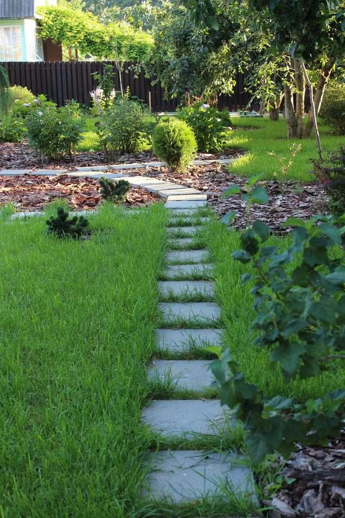 garden path shade garden ideas