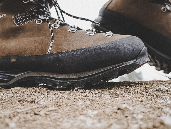 Garmont Dakota Lite Gtx Boots Review Agressive Lugs On Outsole