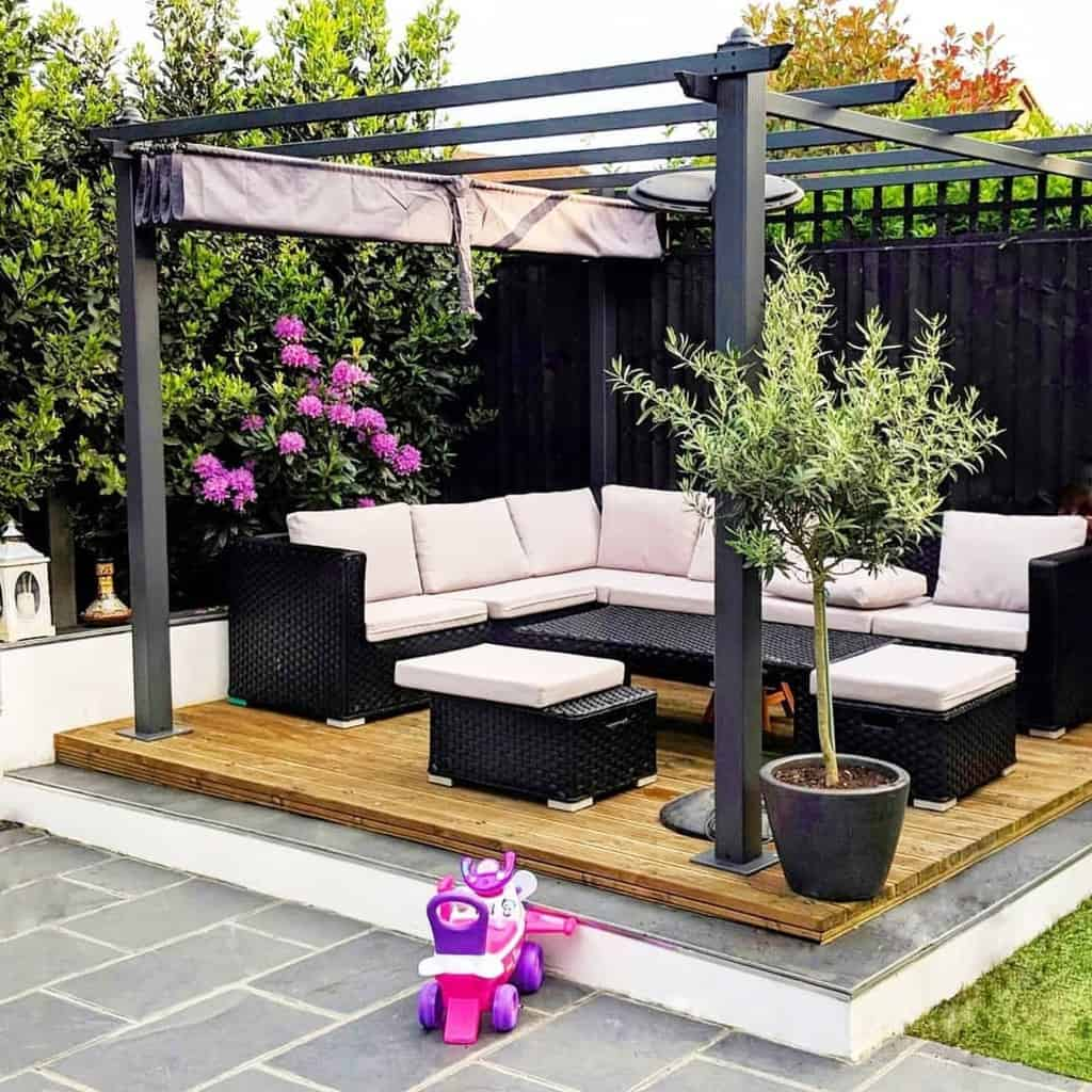 gazebo pergola small backyard patio ideas houseofniina
