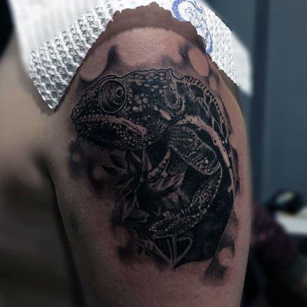 Gecko Lizard Mens Animal Tattoos On Upper Arm