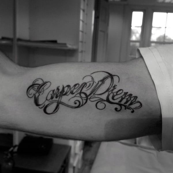 Gentleman With Carpe Diem Bicep Tattoo Design