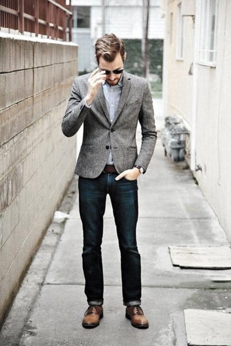 Gentleman With Sharp Business Casual Outfits Style Grey Blazer With Blue Jeans