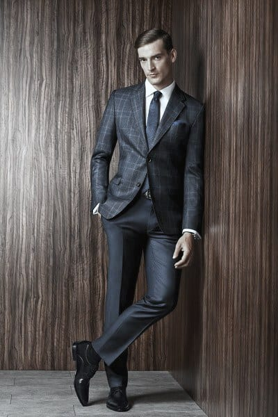 Gentlemens Navy Blue Suit Style Ideas With Black Dress Shoes