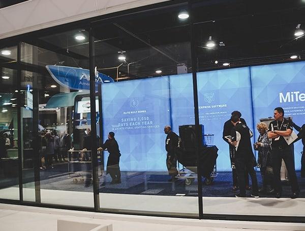 Giant Sliding Glass Door Automatic 2019 Nahb Show