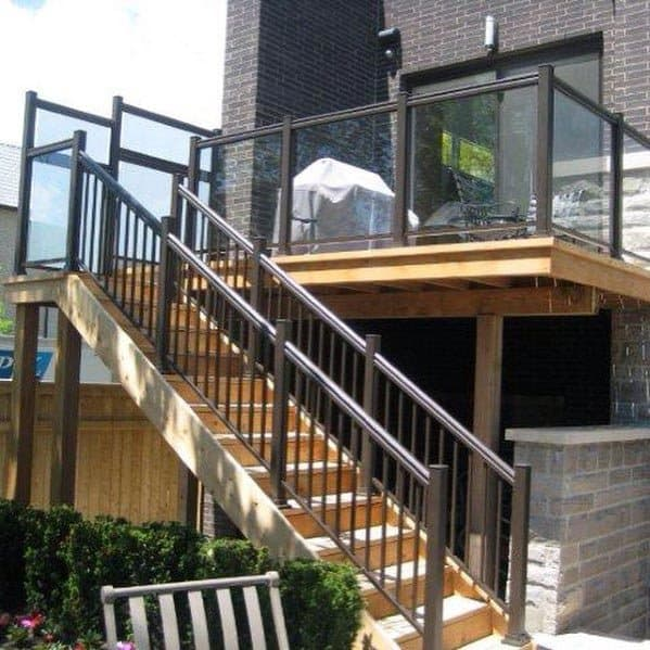 Glass Panels Deck Railing Design Inspiration