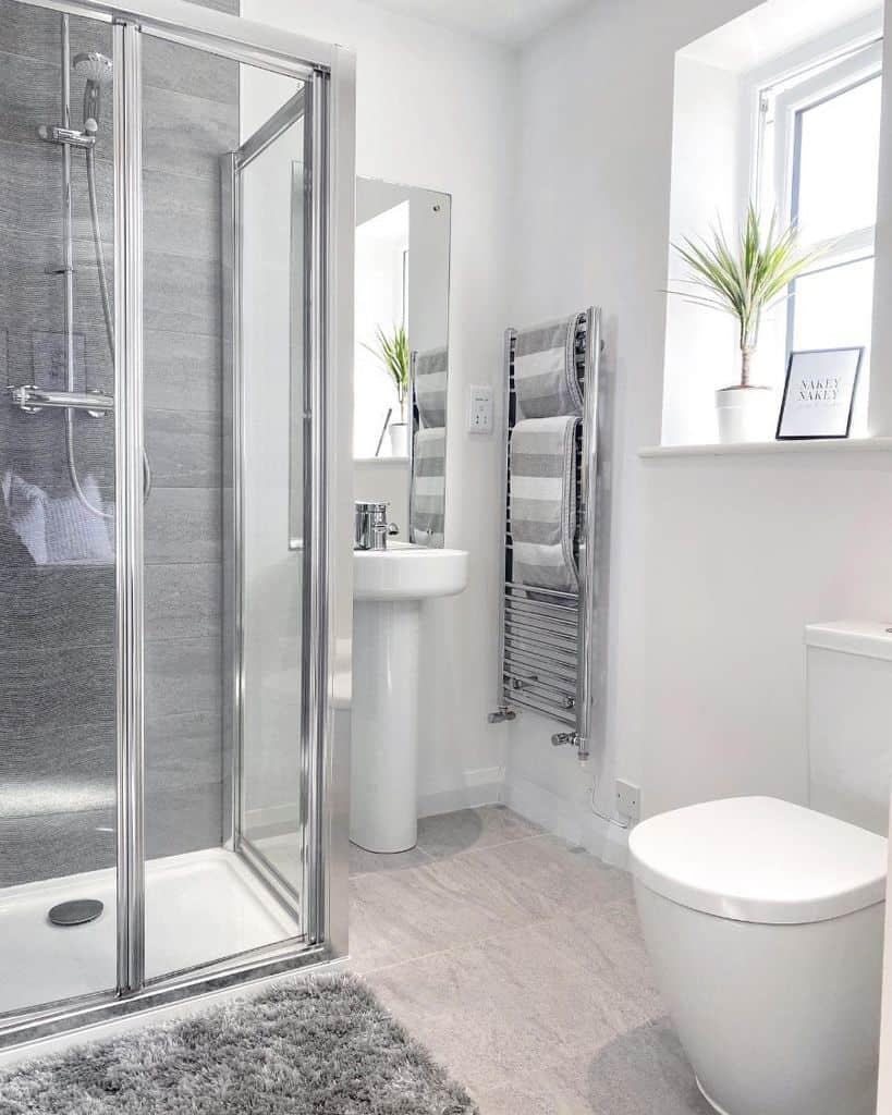 Glass Shower Small Shower Ideas Underrussellsroof