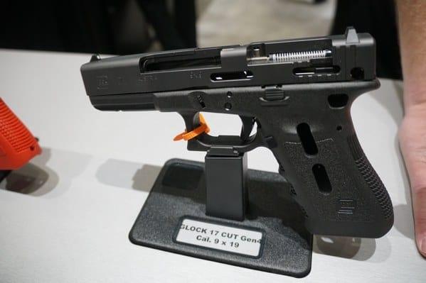 Glock 17 Cut Open Gen4 Display
