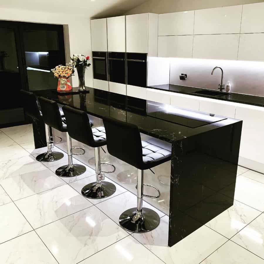 gloss kitchen tile ideas ournumbereleven
