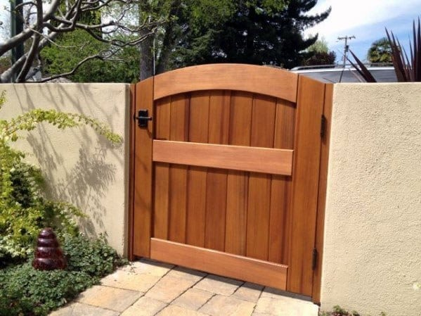 Good Ideas For Walkway Wooden Gate