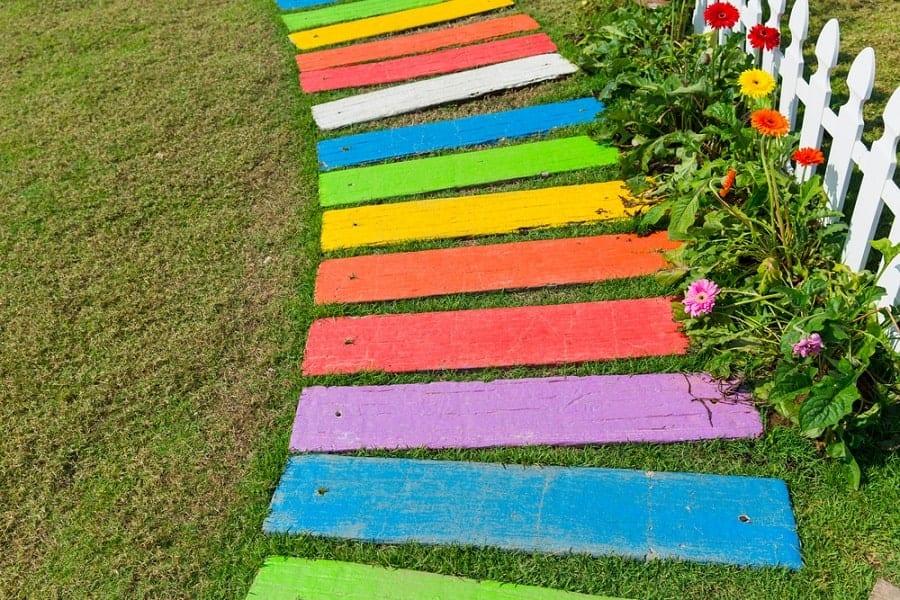 Good Ideas For Wooden Walkway Sloped Backyard Steps