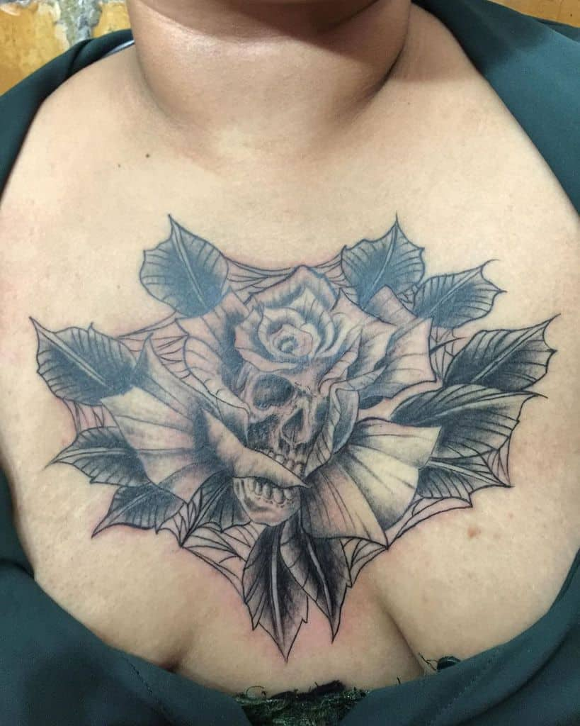 gothic-skull-adn-rose-chest-tattoo-reneglez78