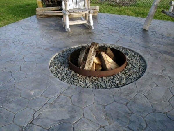 Gravel And Stamped Concrete Home Patio Firepit Ideas