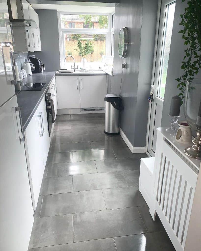 gray kitchen tile ideas hellershome18