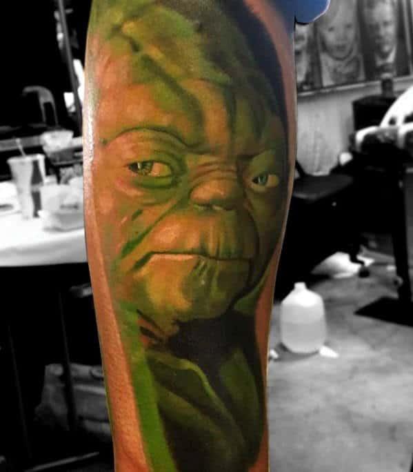Green Glowing Yoda Male Leg Tattoo