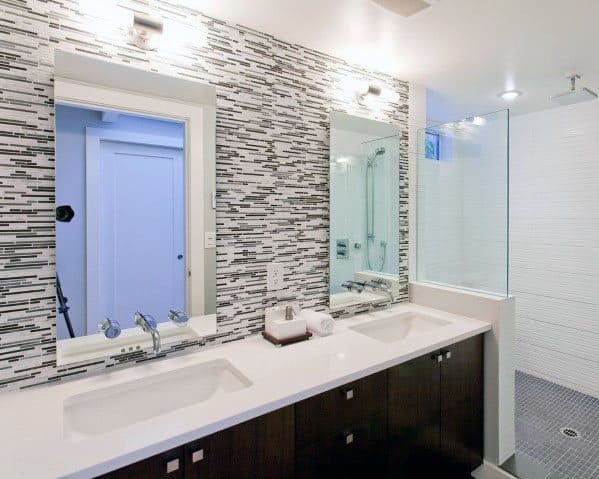 Grey And White Tile Bathroom Backsplash Ideas