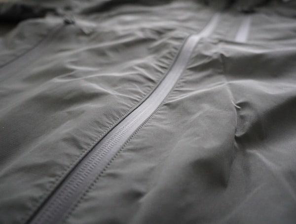 Grey Mens Beyond Clothing K6 Arx Rain Jacket Center Zipper