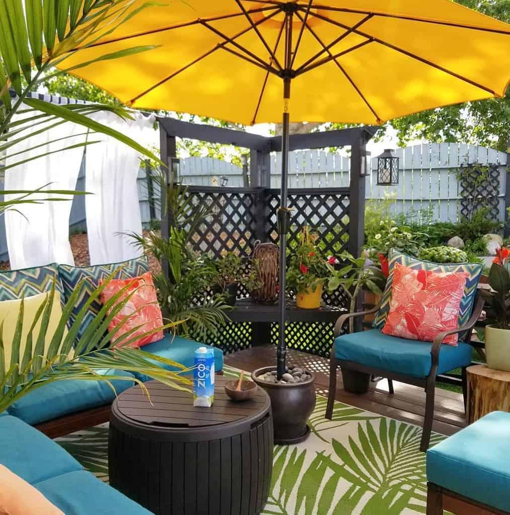 groundlevel patio deck ideas exoticplantluver