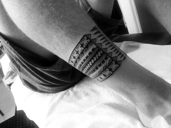 Guy With Cool Leg Tribal Band Polynesian Tattoo