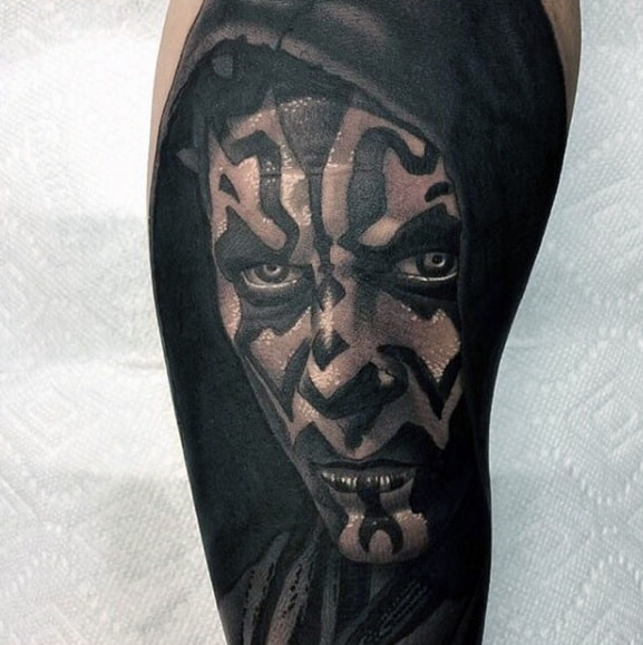 Guy With Leg Darth Maul Tattoo Design
