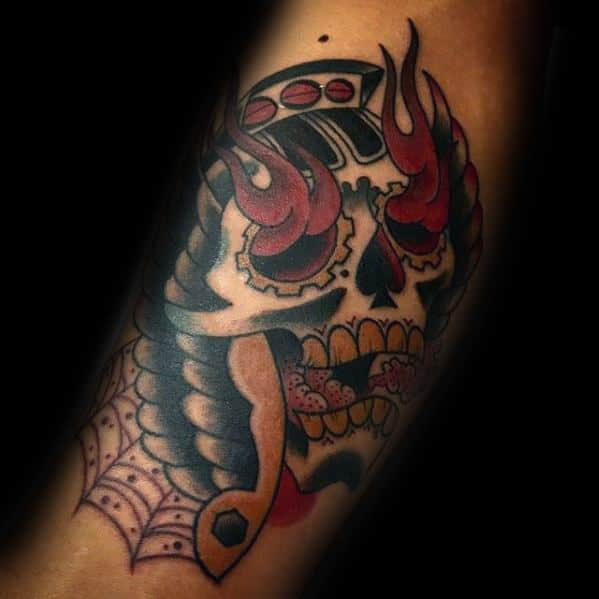 Guy With Old School Traditional Wing Flaming Skull Tattoo Design
