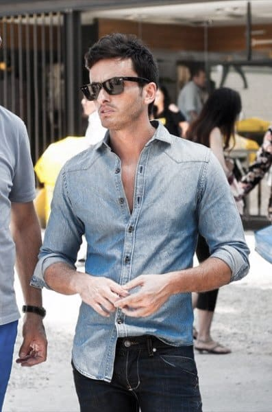 Guy With Sharp Looking Casual Wear Outfit Light Blue Shirt With Jeans
