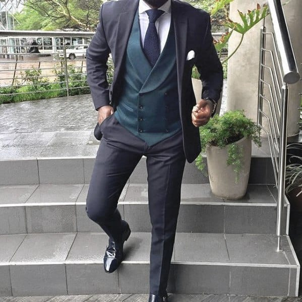 Guy With Sharp Looking Navy Blue Suit Black Shoes Outfit