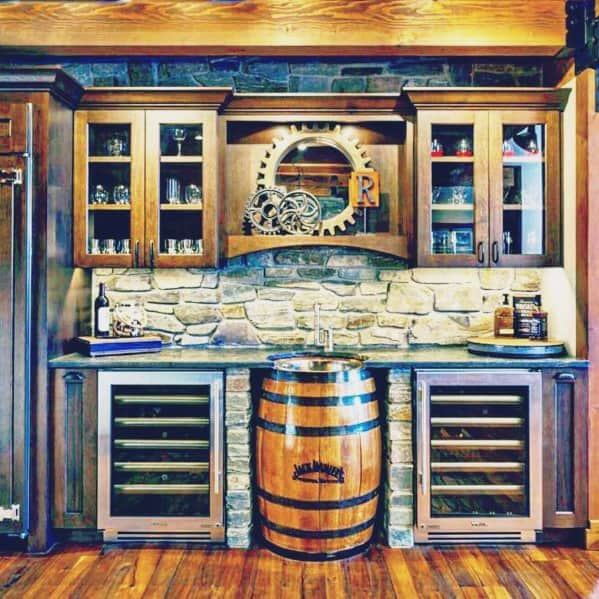 Guys Awesome Man Caves With Bar