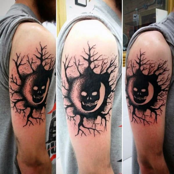 Guys Black Ink Tree Roots Gears Of War Upper Arm Tattoo