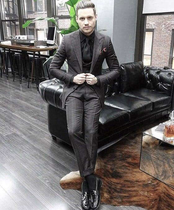 Guys Charcoal Grey Suit Black Shoes And Dress Shirt Fashion Ideas