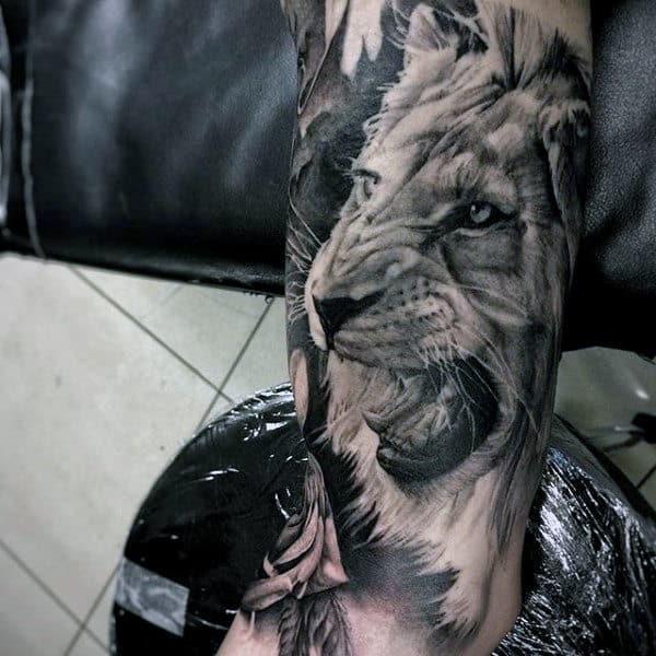 Guy's Japanese Lion Tattoo Sleeve