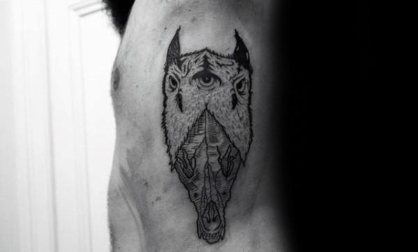 Guys Rib Cage Side Wolf Skull Detailed Tattoo Design Ideas